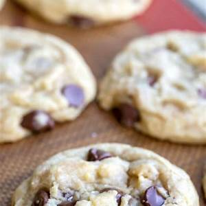 easiest-chocolate-chip-cookie-recipe-i-heart-eating image