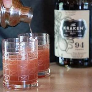 cocktails-around-the-world-rum-punch-from-grenada image
