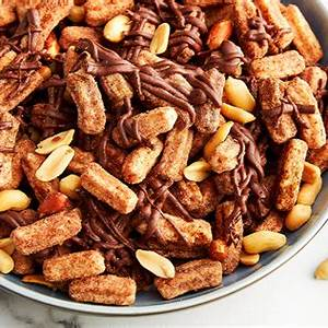 chile-chocolate-churros-snack-mix-cinnamon-toast-crunch image