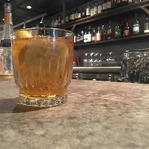 how-to-make-hook-and-ladders-heavy-crown-cocktail-the image