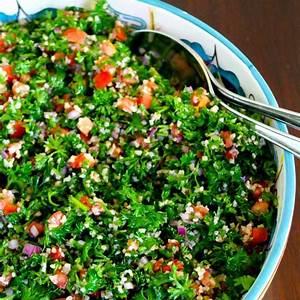 tabbouleh-or-tabouli-salad-video-enrilemoine image