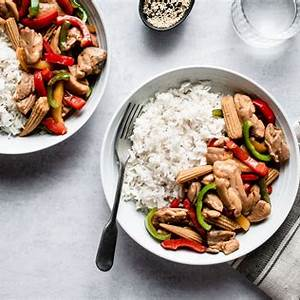 chicken-stir-fry-with-red-and-green-peppers image