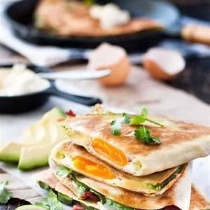 egg-bacon-and-avocado-quesadilla-recipetin-eats image