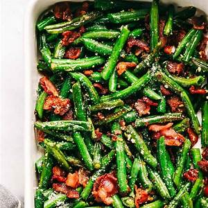 garlic-parmesan-green-beans-with-bacon-the-recipe-critic image