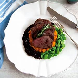 venison-steaks-with-balsamic-jus-annabel-langbein image