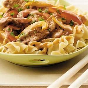 pork-and-sweet-peppers-on-noodles-canadian image