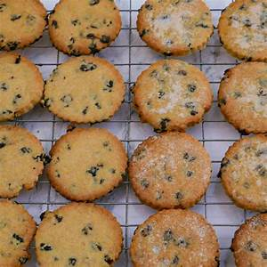 traditional-easter-biscuits-everyday-cooks image