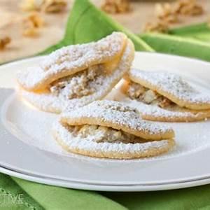 quickie-kifli-cookies-easy-sugar-cookie image
