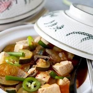 doenjang-jjigae-korean-soybean-paste-stew-pickled-plum image