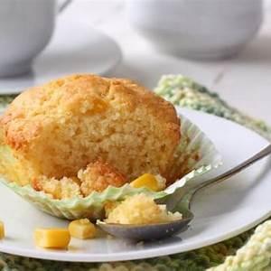 copycat-kenny-rogers-corn-muffins-recipe-cdkitchencom image