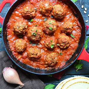 greek-meatballs-with-tomato-sauce-the image