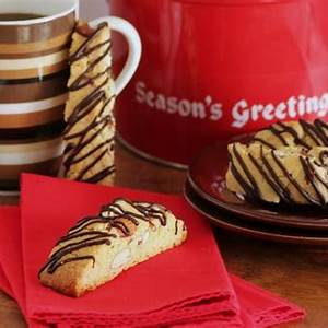 amaretto-almond-biscotti-for-holiday-cookie-exchange image