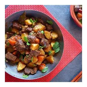 chinese-beef-stew-with-potatoes-土豆炖牛肉-red-house-spice image