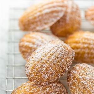 classic-french-madeleines-recipe-baker-by-nature image
