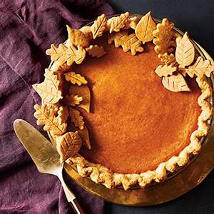 classic-pumpkin-pie-canadian-living image
