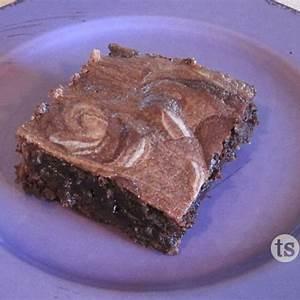 white-russian-brownies-tastefully-simple image