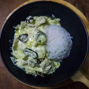 nicaraguan-creole-chicken-with-jalapeo-cream-sauce image