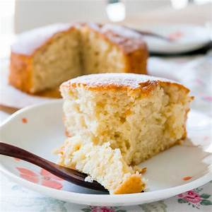 easy-one-bowl-no-mixer-lemon-yogurt-cake image