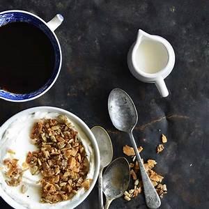 cinnamon-toast-crunch-low-carb-homemade-granola image