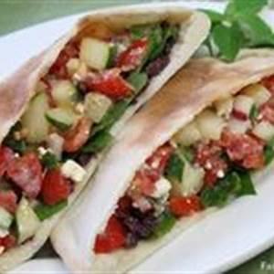 24-pita-bread-sandwiches-ideas-in-2021-pita-bread image