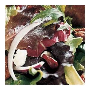mixed-greens-with-pecans-goat-cheese-and-dried image