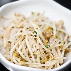 sukju-namul-korean-bean-sprout-salad image