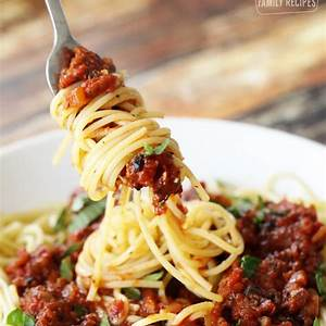 homemade-spaghetti-sauce-fresh-tomatoes-favorite image