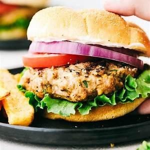 juicy-grilled-garlic-turkey-burgers-recipe-the-recipe-critic image