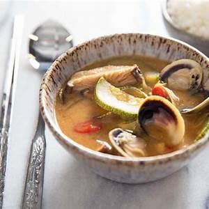 doenjang-jjigae-korean-fermented-bean-paste-stew image