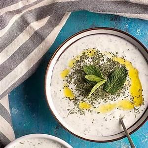 cacik-recipe-turkish-yogurt-and-cucumber-unicorns-in-the image