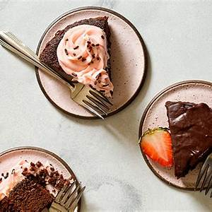 small-chocolate-cake-recipe-6-inch-chocolate-cake image