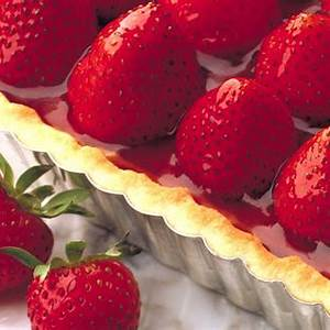 fresh-strawberry-flan-canadian-goodness image