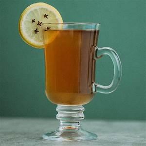 hot-toddy-cocktail-recipe-liquorcom image