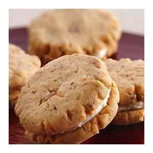 bacon-cheddar-whoopie-bites-recipe-pillsburycom image