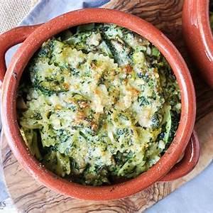 cheesy-mushroom-and-zucchini-pesto-pasta-bake-cooking-my image