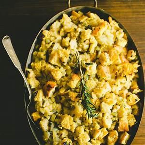 thanksgiving-recipe-sage-onion-bread-dressing-stuffing image