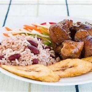 jamaican-fricassee-chicken-recipe-brown-stew-chicken image