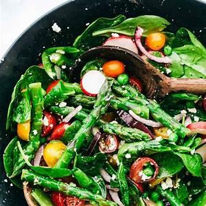 asparagus-salad-with-lemon-vinaigrette-the-recipe-critic image