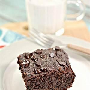 best-keto-cake-low-carb-keto-moist-double-chocolate-cake image