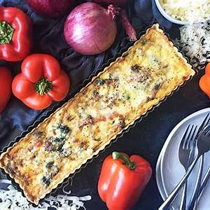 gruyere-quiche-with-caramelized-red-pepper-and-onion-foodal image