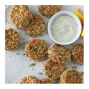 crab-cakes-with-zesty-dipping-sauce-sobeys-inc image