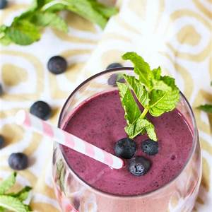 blueberry-smoothie-recipe-with-mint-cookin-with-mima image