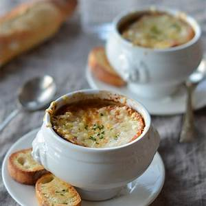 best-classic-french-onion-soup-once-upon-a-chef image