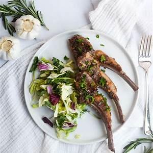 pan-seared-lamb-chops-with-rosemary-and-garlic-worn-slap-out image