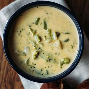 cream-of-broccoli-cheese-soup-recipelioncom image