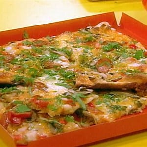 tex-mex-pizzas-recipe-rachael-ray-food-network image