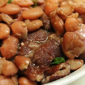 southern-pinto-beans-and-ham-hocks-i-heart image