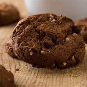 cream-cheese-cake-mix-soft-cookies-recipe-cdkitchencom image