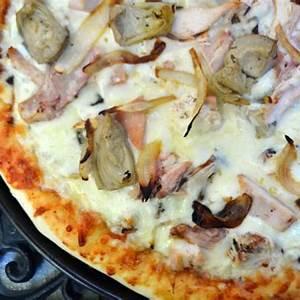 smoked-chicken-caramelized-onion-artichoke-pizza image