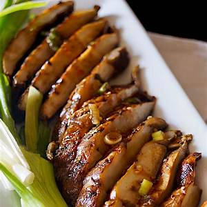 marinated-grilled-portobello-mushrooms-cooking-on-the image